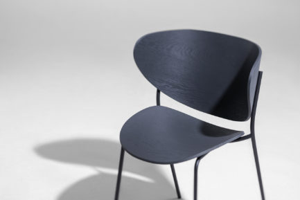 BOLTA CHAIR